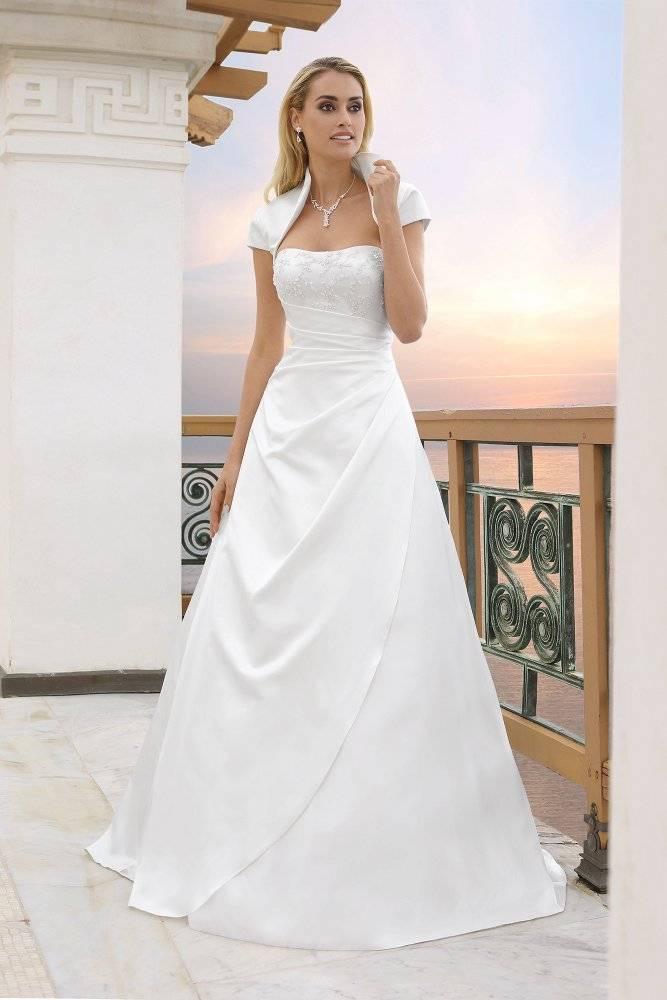 Fein Moderne Hochzeitskleider 2015 Fotos - Brautkleider Ideen ...