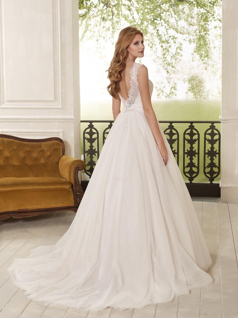 Brautkleider von #Brautmodeladen nähe #bonn #koblenz (27) - Adornia ...
