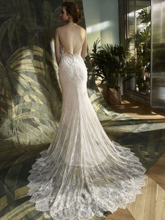 Das BRAUTMODE-GESCHÄFT für Ihr Glück. Ihr Traum Kleid wartet auf Sie.