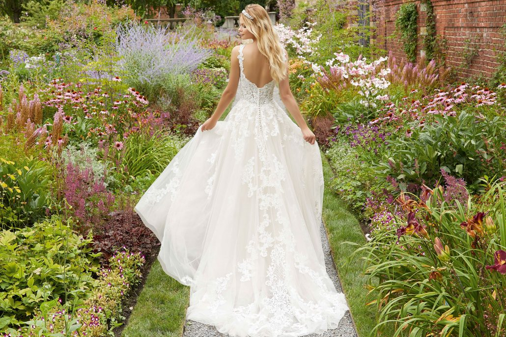 Brautkleider-Koeln-Adornia-Brautmode