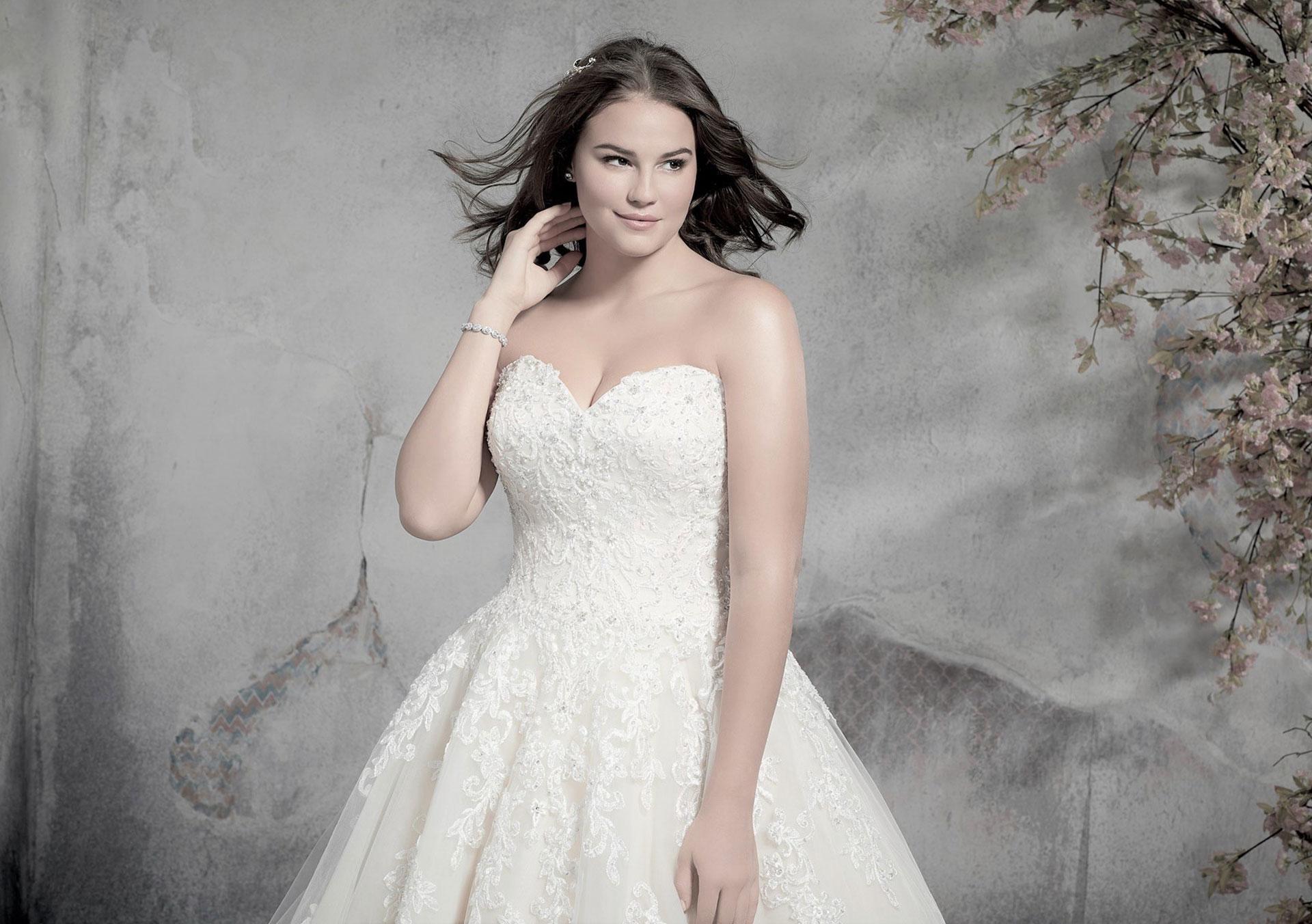 Große Größen Brautkleider für kurvige, mollige Bräute and Curvy Brides