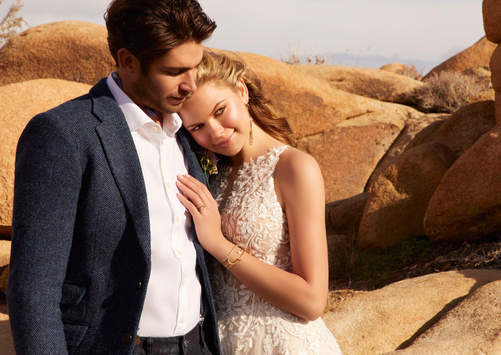 Hochzeitskleid_Standesamt_lang-Standesamtkleid_Schwangerschaft