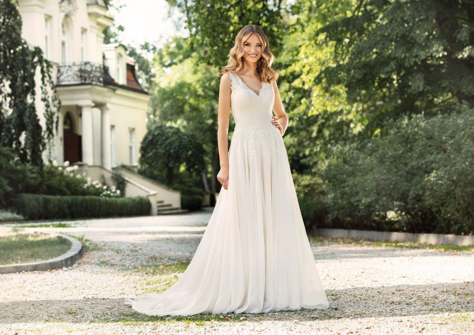 Brautmode  Brautkleider für Siegburg - Boho oder schlichte Eleganz
