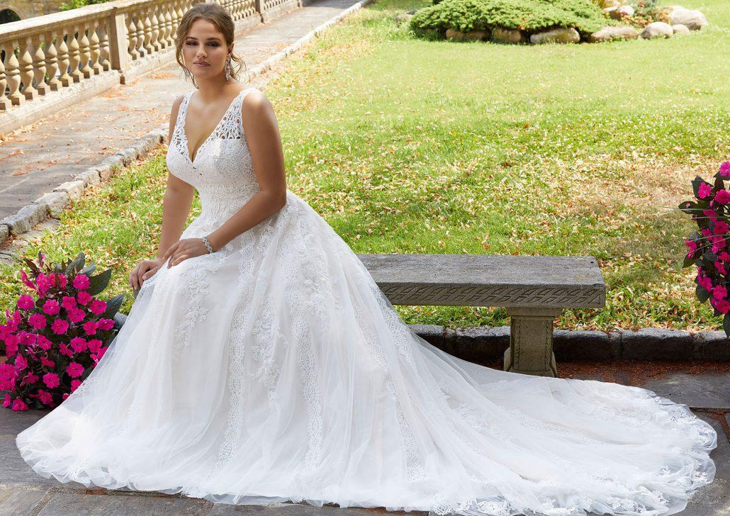 Uebergroesse-Brautmode